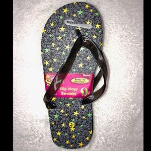 ‼️👠‼️BOGO 50% OFF. Yellow star/swirl flip flops!